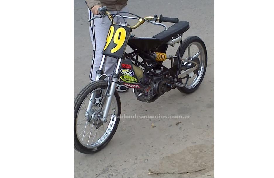 Motocicletas: Vendo ciclomotor 50 xx libre excelente