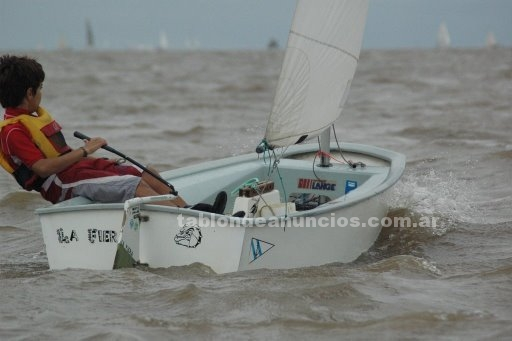 Deportes náuticos: Vendo velero optimist