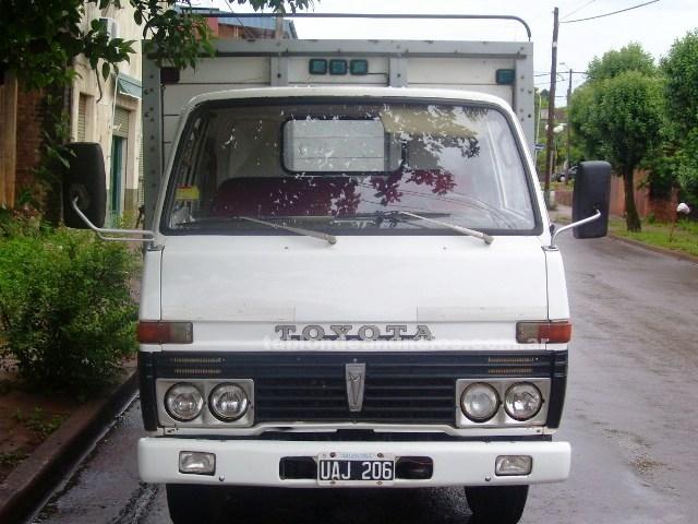 Otros Vehículos: Vendo -permuto camion toyota dyna 300