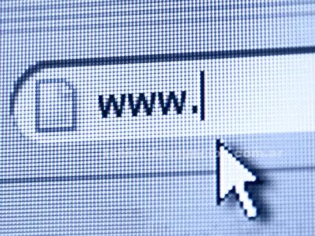 Webmasters: Diseño web , diseño grafico, logos , retoque fotografico etc economico[leer]