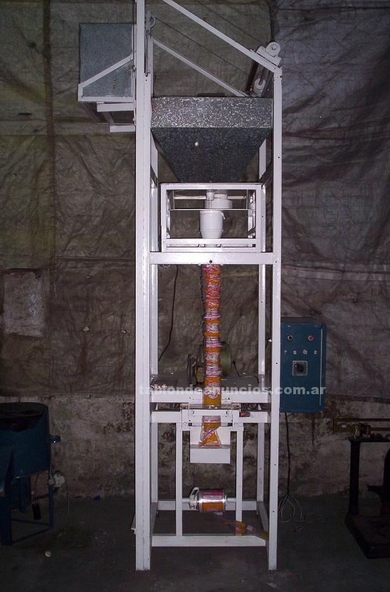 Comercio: Mobiliario y máquinas: Liquido envasadora volumetrica semiautomatica para productos secos