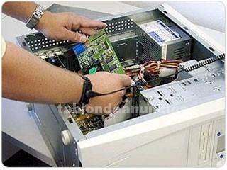 Servicios: Hosting, reparaciones..: Technical expert