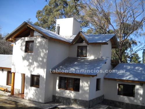 Compra venta de Casas: Vendo hermosa propiedad estilo rústico o permuto por cabañas en san martín de los andes