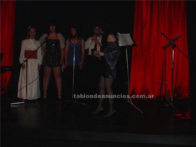 Formacion/cursos: Clases de canto en  caballito pque. Centenario!