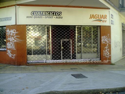 Oficinas y locales: Se vende gran local en la ochava de terrero y belaustegui