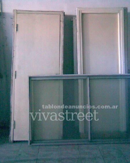 Varios: Puertas y ventanas usadas en buen estado 4842 2500 (dejar mensaje)