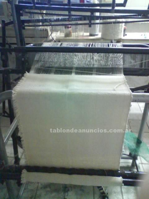 Comercio: Mobiliario y máquinas: Vendo telar para trapos de pisos