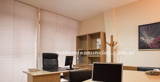 Oficinas y locales: Olivos- excelente local - frente esta. Olivos y a mts. De libertador