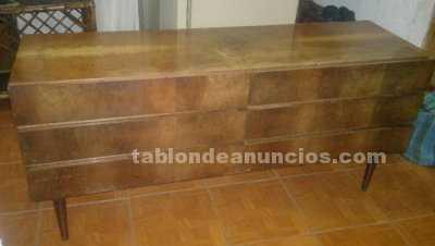 Muebles/Decoración: Comoda de madera con vidrio