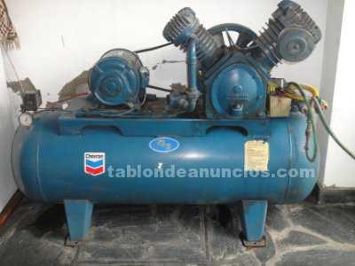 Maquinaria y Herramientas: Compresor de alta y baja ,5,5 hp ,300 ltrs